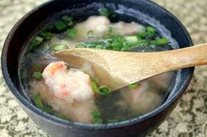 海老団子スープ